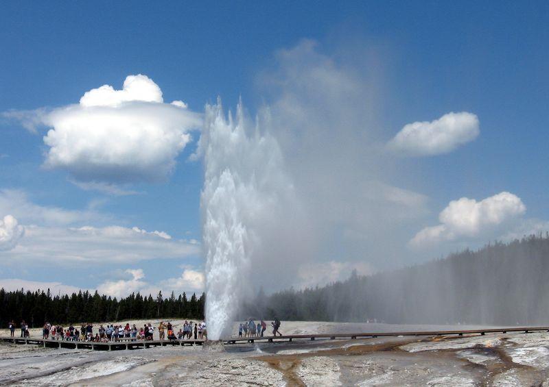 黃石公園的間歇泉