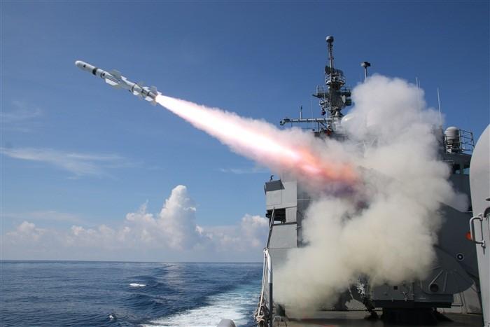 海軍濟陽級軍艦多次進行魚叉飛彈射擊驗證