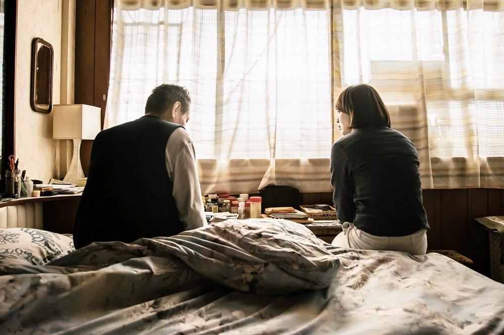 「孝順」二字到底害死多少台灣人?一名未婚女性的淚水,值得20年後的你我警惕…