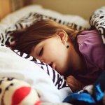 你睡得好嗎?睡眠不足、睡不安穩原來是這個光害的!