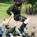 暑假最鐵膽的訓練…憲兵鐵衛戰鬥營 高空垂降克服恐懼