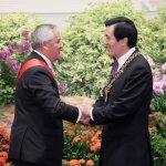 馬英九譽為「傑出政治領袖」瓜地馬拉總統辭職、被捕、入獄
