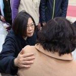 大地震》蔡英文探視奇美醫院傷患:不會讓台南人孤單