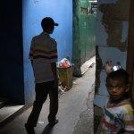 印尼反毒想怪招:逼死囚毒販吃毒品、請鱷魚當監獄守衛