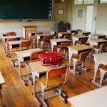 【胡展誥專欄】「隔壁同學會打我…」孩子班上有「問題學生」時,家長該怎麼做?