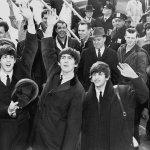 改變社會,一定要訴諸暴力嗎?約翰藍儂3首歌,用愛與和平做出最沉默控訴