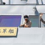 軍事視導第2站 蔡英文登海軍沱江艦 統帥旗海上飄揚