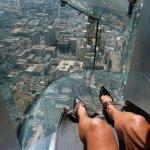 玻璃橋不夠看啦!你敢挑戰300公尺高的「天滑梯」嗎?