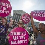 美國聯邦最高法院宣告德州墮胎法違憲 華郵:25年來最重要的墮胎判決