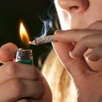 有人揪才抽的「交際煙」對健康無大礙吧?醫師:偶爾抽跟老煙槍沒有兩樣