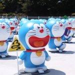 哆啦A夢軍團在韓國濟州島!100件神奇道具讓粉絲大飽眼福外,還能坐進大雄房間