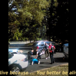 夏洛特警察殺黑人案》死者妻子公布手機錄影畫面「他沒有武器!別開槍殺他!」