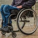 葡萄牙男子因誤診白坐43年輪椅 年逾半百重學走路