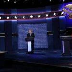美國總統候選人辯論》咄咄逼人、東拉西扯—川普究竟輸在哪裡?