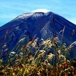 富士山宣布「初雪化妝」,較去年提早16天