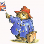 歷史上的今天》10月13日──英國家喻戶曉的童書角色「柏靈頓熊」 59年前的今天正式出道
