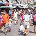 全東南亞最大平民購物天堂!超過15000個攤位,包準你買到想剁自己的手