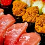 出國怎能錯過道地美食?來東京這7家在地人激推迴轉壽司,細細咀嚼經典日本味