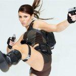 電玩《古墓奇兵》20周年!女主角蘿拉是女性主義的標竿或扭曲的男性幻想?