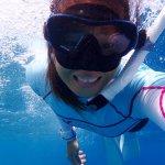 如果有時間抱怨工作,為何沒時間追夢?這名潛水教練女孩,教我們最耀眼的衝勁!