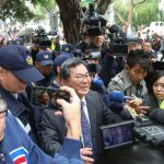 勞基法決戰,大批警力出動保護民進黨立委