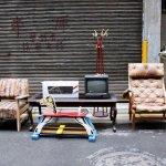 30年二手家具,竟比新品還要美!老師傅巧手讓「垃圾」重生,撿好貨來這就對了