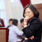 蔡英文支持度跌到3成3 ,台灣民意基金會:出現領導危機
