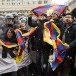 習近平訪問瑞士》流亡藏人發動示威 瑞士警方逮捕32人