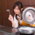 婦女少煮飯、多花時間照顧小孩,是「社會問題」嗎?日本沙文主義者實在誇張啊
