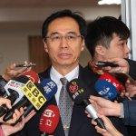 國民黨自救會衝行政院,莫天虎:擔心領不到年終,才採取激烈行動