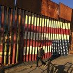 眾議院通過國防預算法案 美墨邊界圍牆有望動工?