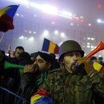 羅馬尼亞總理無視60萬抗議者下台怒吼 不信任案8日國會付諸表決