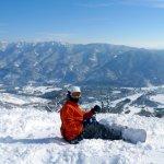 日本滑雪不是夢!歷經摔昏、腦震盪、骨折,她如何從菜鳥進化到初階特技?