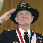 《勇士們》美軍越戰名將「摩爾中校」94歲高齡辭世
