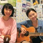 靠著優美和聲與一把吉他在YouTube意外爆紅,她們的頻道能長久經營全靠…