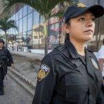 「我喜歡和壞人交手」:墨西哥邊界女警的生活