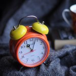 按掉鬧鐘,你就輸了!你是每天都拖到最後一刻才不得不起床的人嗎?
