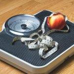 明明吃不多,為何就是瘦不下來?原來沒有在「這些時間」進食,只會越減越肥…