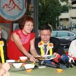 吉隆坡品嘗肉骨茶,柯文哲扺大馬推台灣觀光