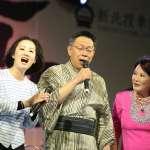 為新北投車站揭牌,柯文哲穿日式和服連唱三首台語歌