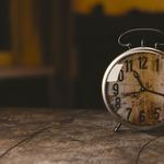 一天24小時,每天的行程繞著時鐘打轉…你知道現今的時間是怎麼制定的嗎?