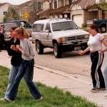 歷史上的今天》4月20日──美國史上最血腥校園槍擊案「科倫拜校園事件」 激起槍枝管制與反霸凌聲浪