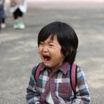 「搞什麼鬼!你這小屁孩」當你家孩子指著別人大罵時,身為父母別只是大聲喝止他!