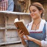 粉絲注意!「藏書小精靈」艾瑪華森又在這裡藏了100本書,下次會不會是亞洲呢?