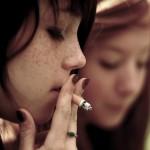 從抽不抽菸就能看出一個人的教育水準、社會階級?以美國為例,抽菸是窮人日常啊!