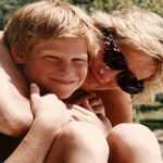 黛安娜王妃過世20周年》威廉、哈利回憶:她是童心未泯的有趣媽媽