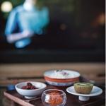電視餐 —《兩個人的餐桌,兩個人的家》選摘(3)