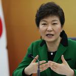 韓國通過法庭直播!在家就可看朴槿惠、三星李在鎔宣判,知情權是如何勝過輿論公審疑慮?