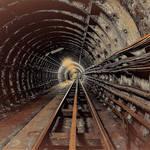 倫敦地底奇譚!廢棄隧道居然有無人駕駛列車?原來它曾有「這樣」不為人知的功能…