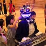 《大黃蜂》怎麼練也贏不了它!第4代鋼琴機器人88根手指,彈琴速度秒殺所有人類